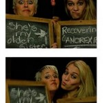 101 Ideas for Photo Booth Poses